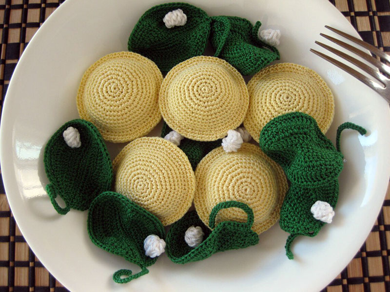 crocehted pasta by Normalynn Ablao Copacetic Crocheter 2 These Crocheted Pasta Dishes are Simply Delightful