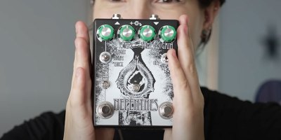 She Bought the Heaviest Distortion Pedal She Could Find and Hooked It Up to Her Harp