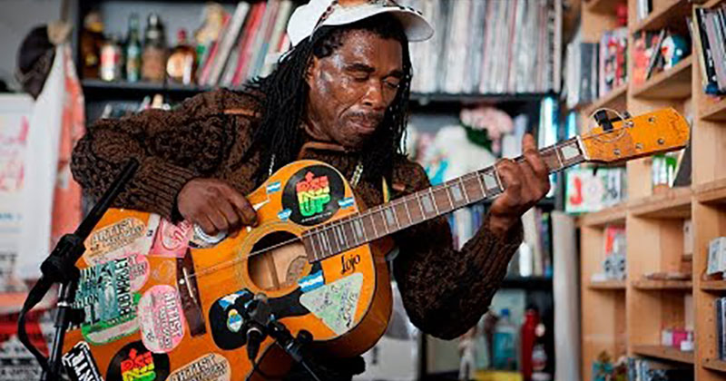 This Tiny Desk Concert by Brushy One String is Simply Wonderful