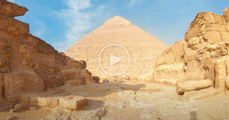 An Immersive 4K Walking Tour of the Pyramids of Giza